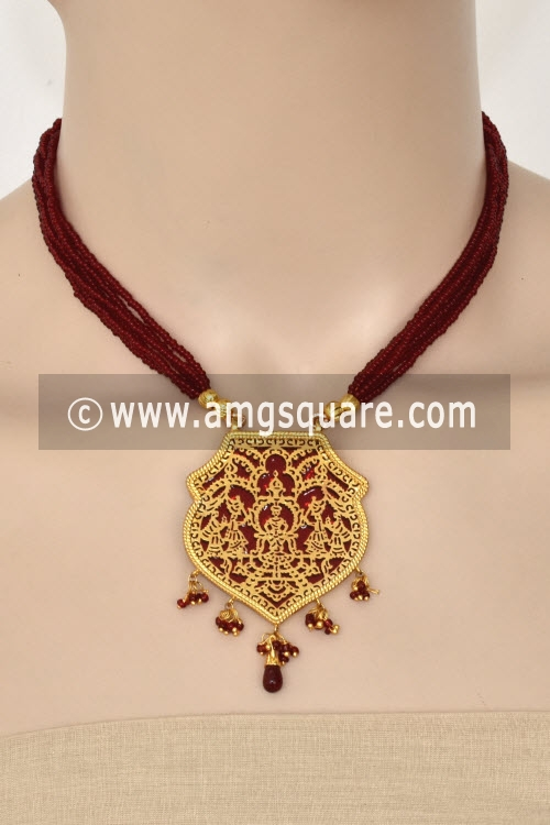 Maroon Traditional Thewa Pendant Set 11238